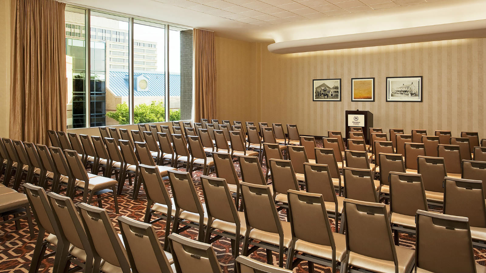 Meeting Rooms Tysons Corner | Vienna Breakout Room